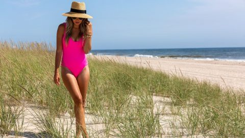 What Can You Expect From The Best Women's Swimwear
