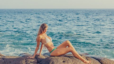 What Color Bikini is For Pale Skin